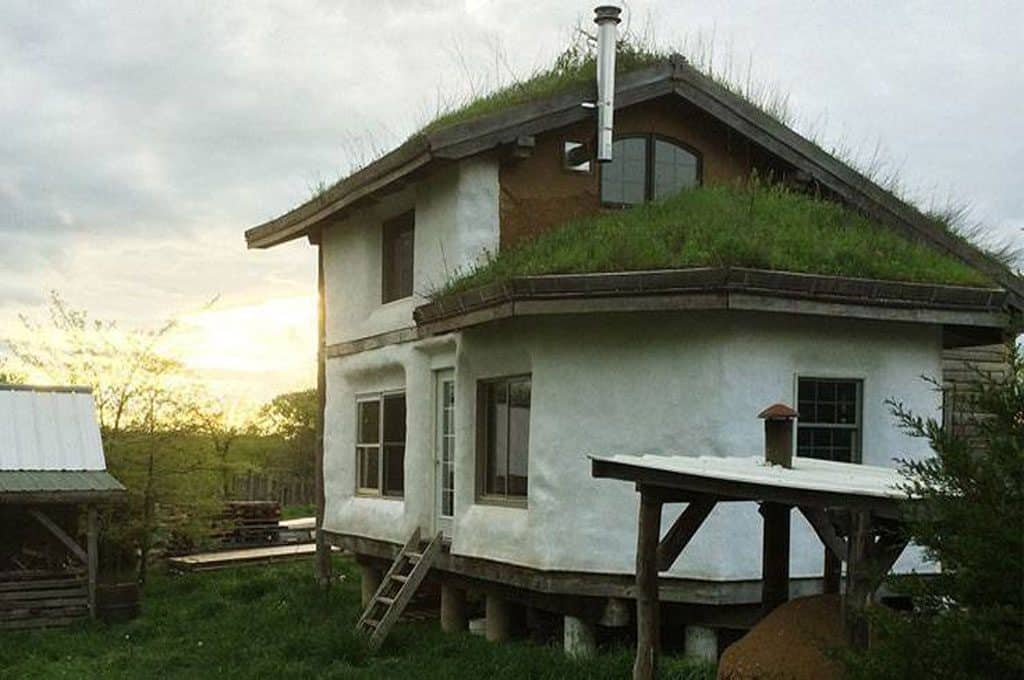 kuća od prirodnog materijala