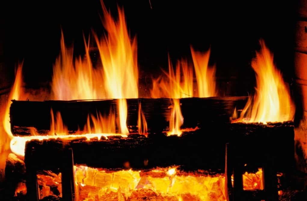 vatra plamen ognjiste